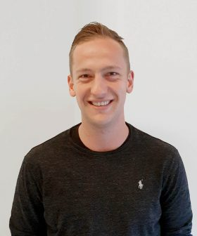 Profielfoto van Niek Hendriks, Accountmanager bij Decom.
